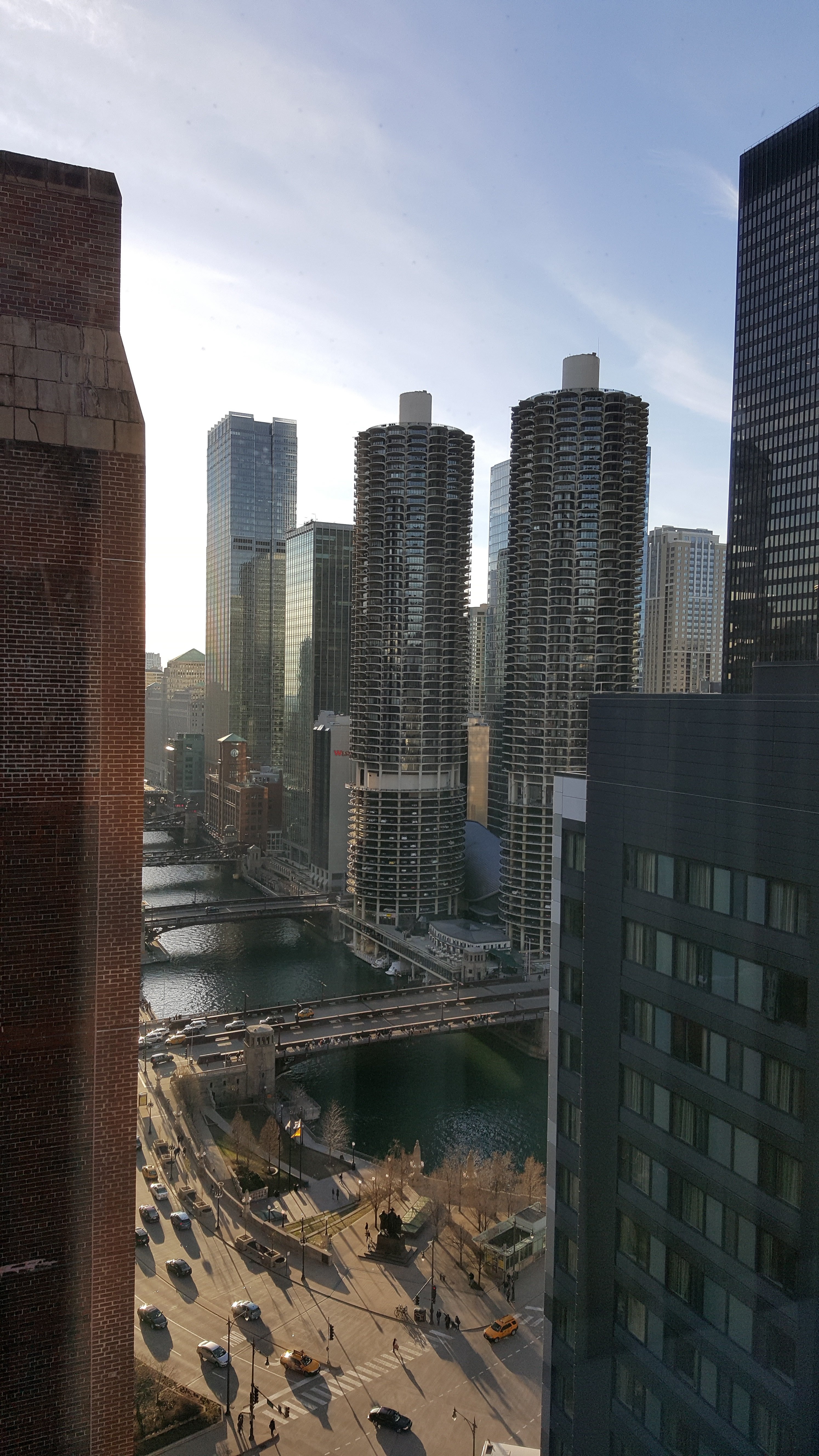 Chicago Skyline Vertical.2